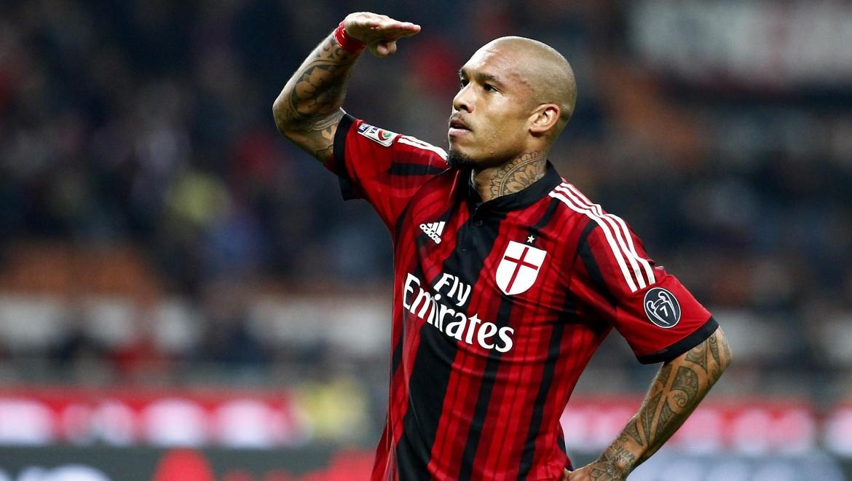 De Jong, centrocampista del Milan