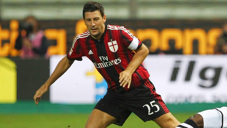 Daniele Bonera con la maglia del Milan