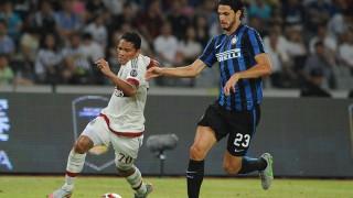 Carlos Bacca nel derby cinese