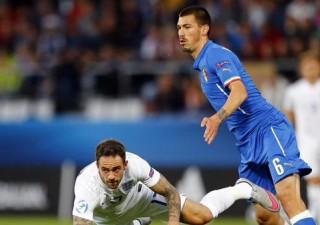 Alessio Romagnoli con la maglia dell'Under 21