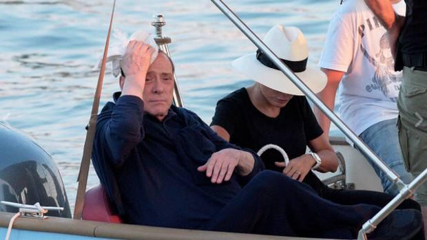 Silvio Berlusconi si è fatto male in barca
