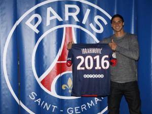 Zlatan Ibrahimovic nel giorno del rinnovo del contratto fino al 2016 col PSG