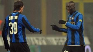 Davide Santon e Mario Balotelli con la maglia dell'Inter